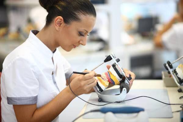 Как происходит изготовление протеза